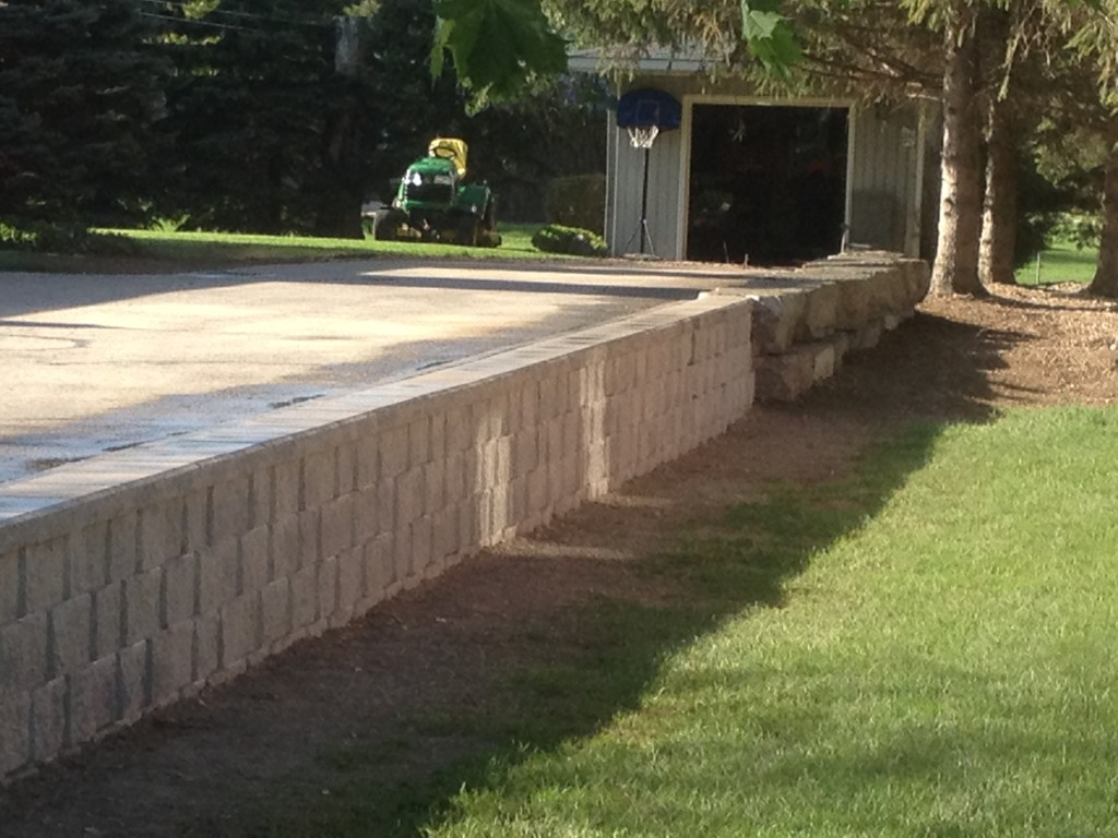 Shouldice Retaining Wall with Armour Stone