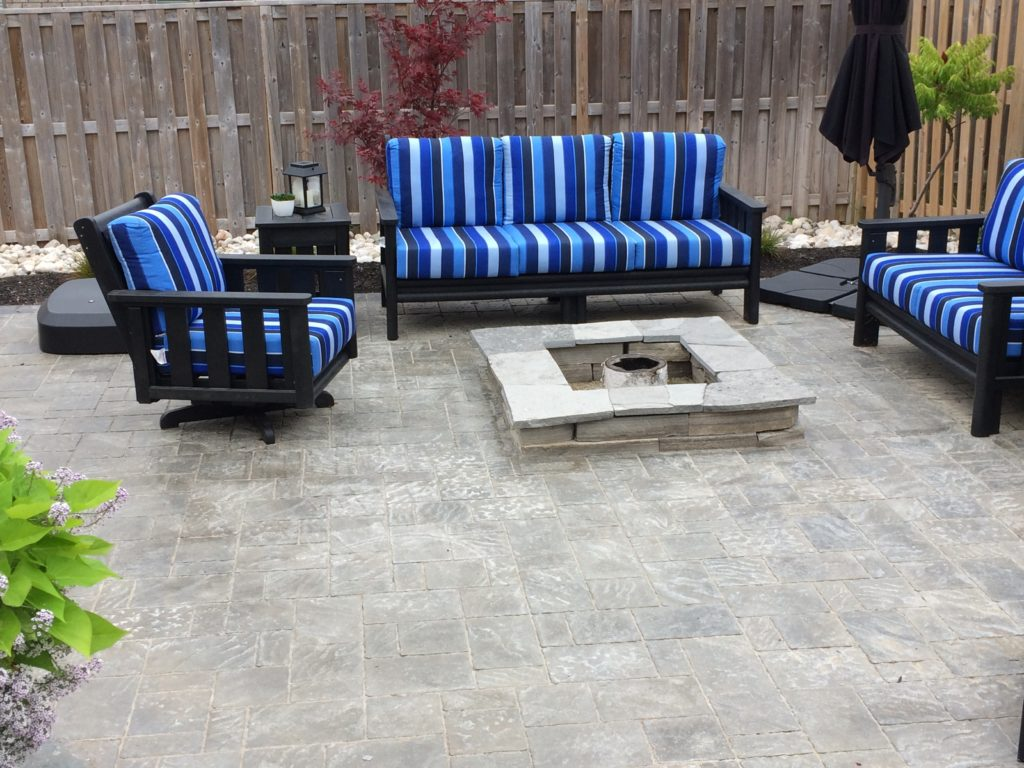Trafalgar paver Patio